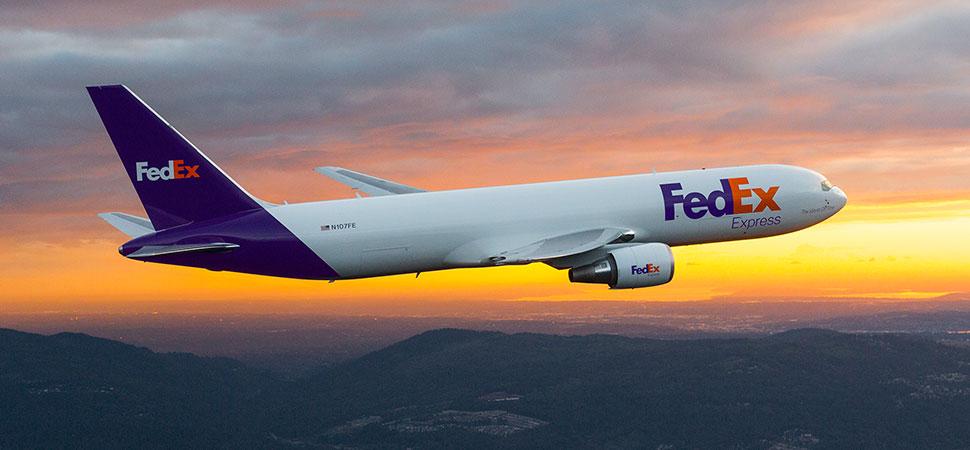http://about.van.fedex.com/wp-content/uploads/2017/06/FedEx-Express-airplane-at-dawn-s.jpg